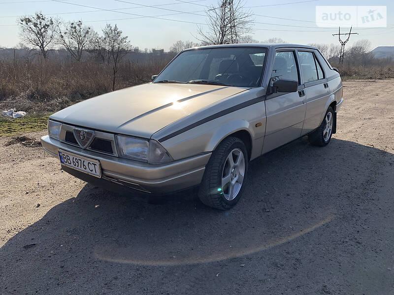 Alfa Romeo 75 1987 в Лисичанске