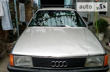 Audi 100 1985 в Черноморске
