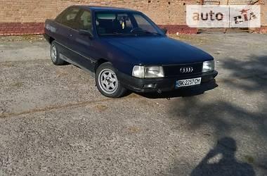 Audi 100 1989 в Остроге