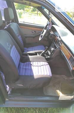 Седан Audi 100 1988 в Шацке