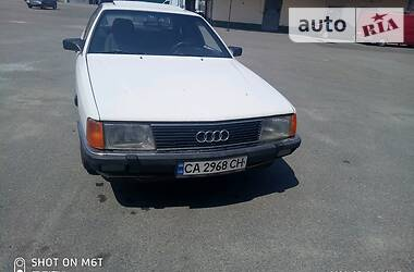 Седан Audi 100 1987 в Черкассах