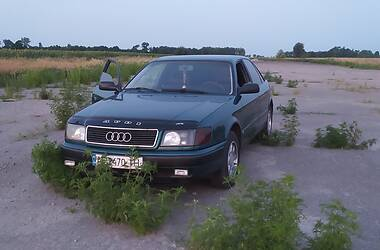 Седан Audi 100 1993 в Никополе
