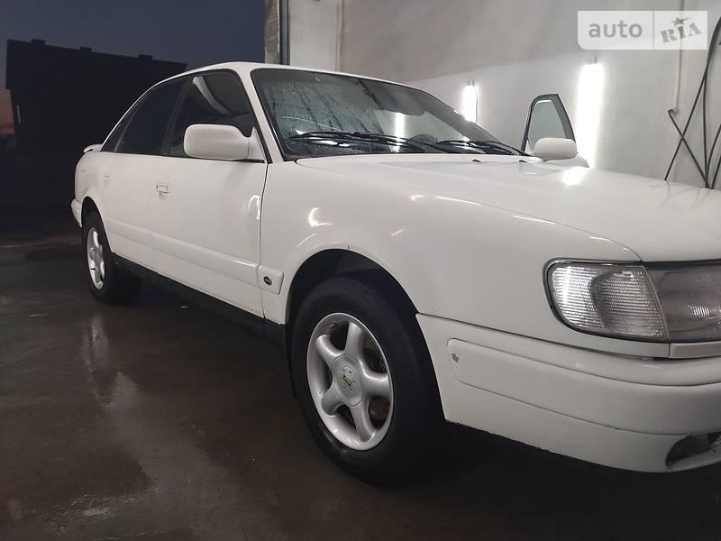 Седан Audi 100 1993 в Львове