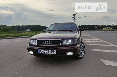 Седан Audi 100 1991 в Новограде-Волынском