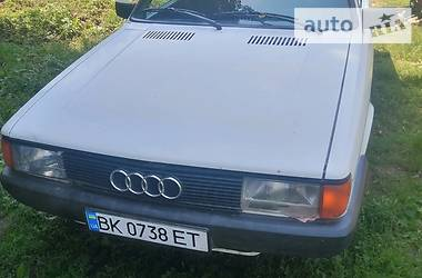 Седан Audi 80 1985 в Дубно