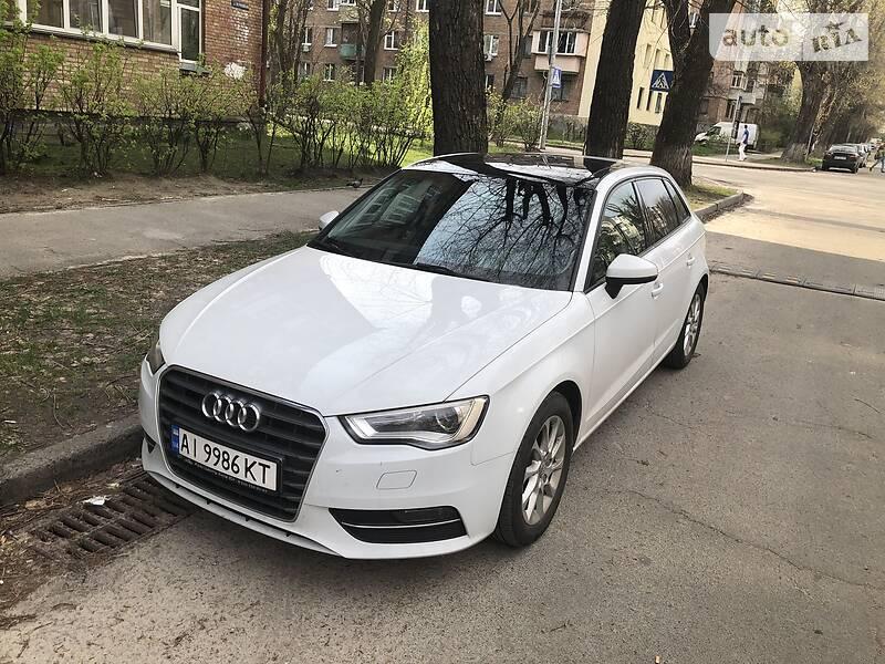 Хэтчбек Audi A3 2015 в Киеве