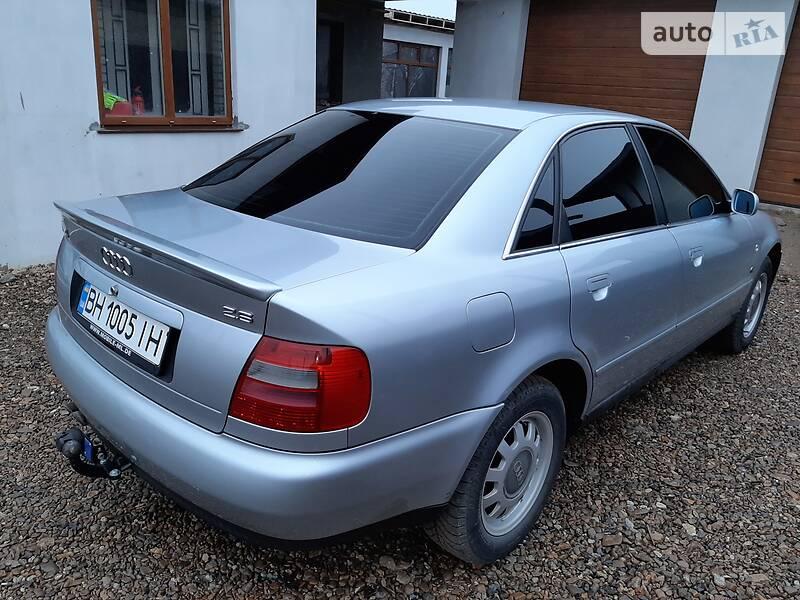 Audi A4 1996 в Раздельной