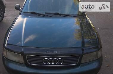 Audi A4 1996 в Геническе