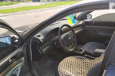Седан Audi A4 1998 в Новограді-Волинському