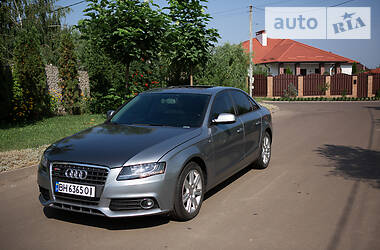 Седан Audi A4 2010 в Киеве