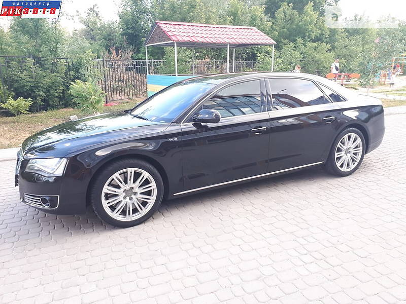 Audi A8 2012 в Львове