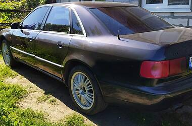 Седан Audi A8 1995 в Кременчуге