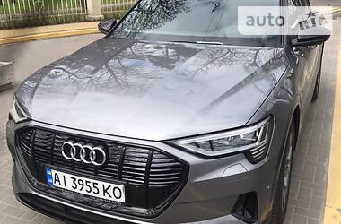 Audi e-tron 2020 в Буче