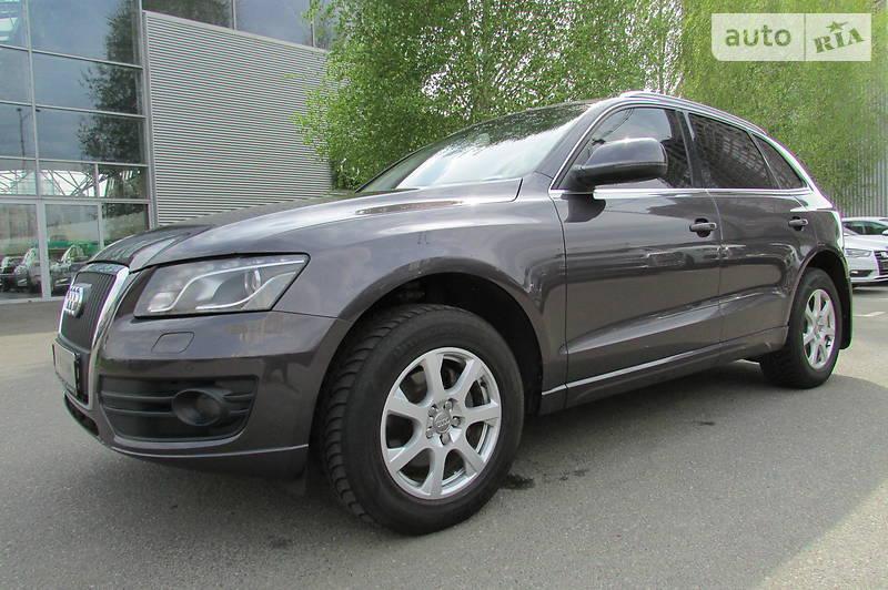 Audi Q5 2010 года