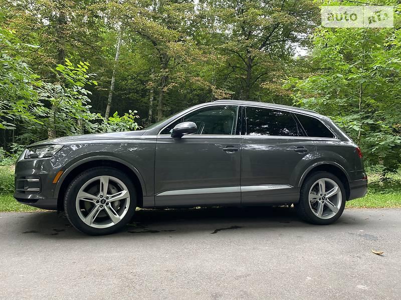 Позашляховик / Кросовер Audi Q7 2018 в Києві