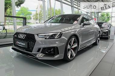 Audi RS4 2018 в Киеве