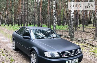 Седан Audi S6 1995 в Киеве