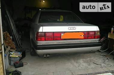 Audi V8 1989