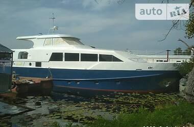 Моторна яхта Azimut 58 2017 в Києві