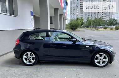 Хэтчбек BMW 118 2008 в Киеве