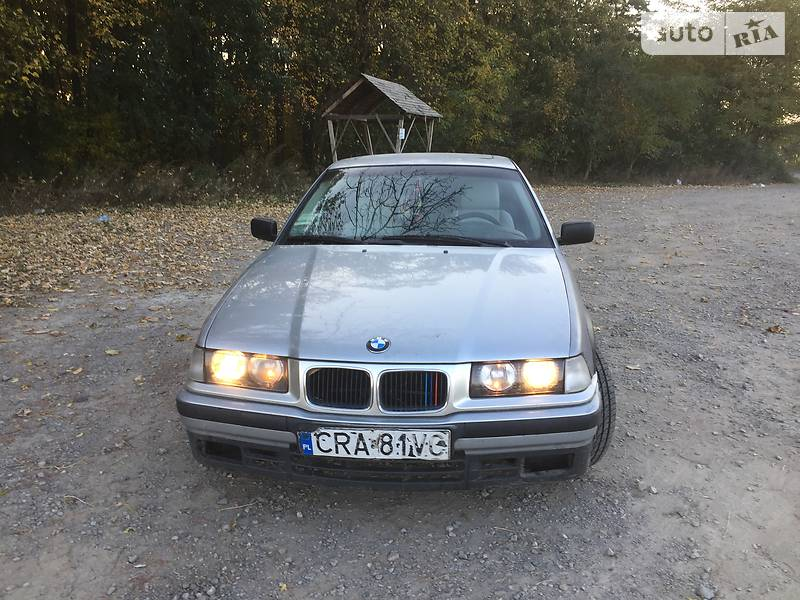 BMW 3 серия 1995 року в Хмельницьку