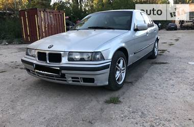 BMW 318 1992 в Одессе