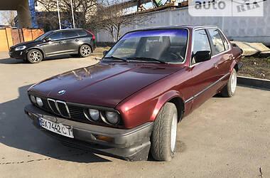 Седан BMW 318 1986 в Киеве