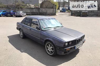 Седан BMW 318 1988 в Киеве