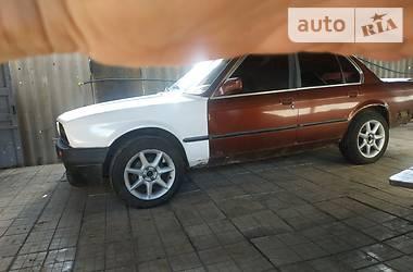Седан BMW 318 1985 в Харькове