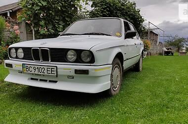 Седан BMW 318 1986 в Стрые