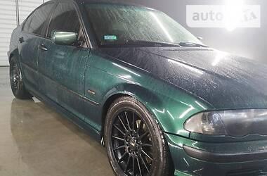 Седан BMW 318 2000 в Острозі