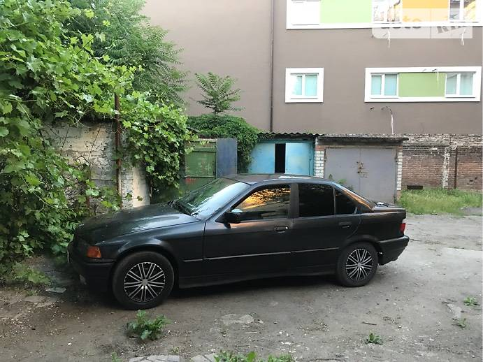 BMW 320 1991 в Дніпрі