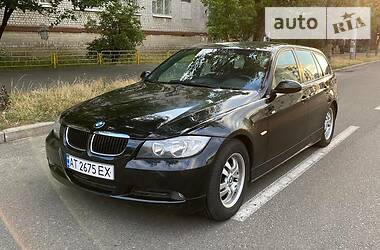 Универсал BMW 320 2007 в Киеве