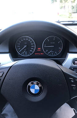 Унiверсал BMW 320 2010 в Києві