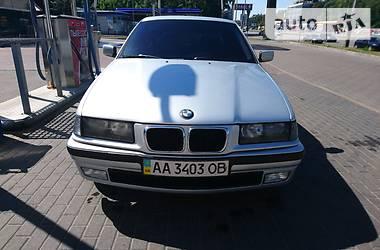 BMW 323 1997