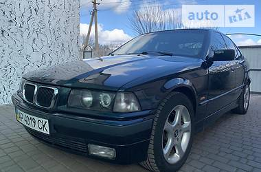 BMW 323 1996 в Мелитополе
