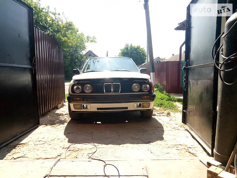 Седан BMW 324 1990 в Одесі