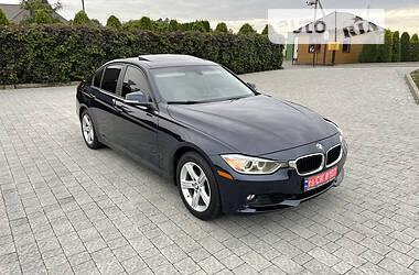 Седан BMW 328 2013 в Стрию