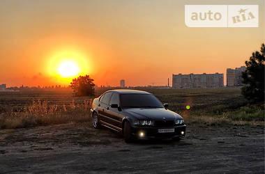 BMW 330 2000 в Черноморске