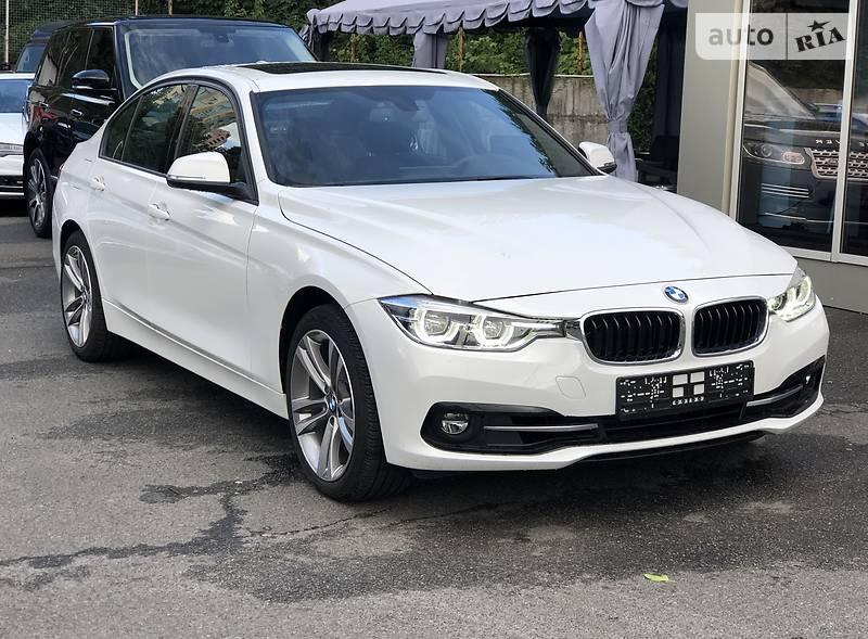 Седан BMW 330 2018 в Киеве