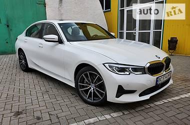 Седан BMW 330 2019 в Стрию