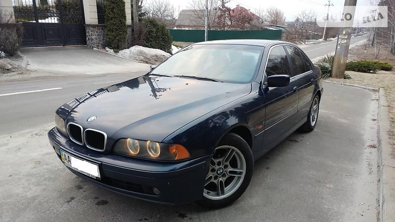 BMW 5 серия 2001 года в Киеве