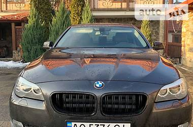 Седан BMW 520 2013 в Ужгороді