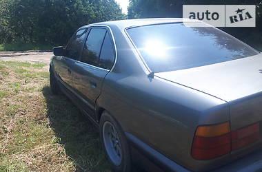 Седан BMW 520 1990 в Виннице