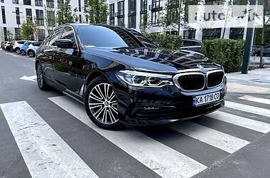 Седан BMW 520 2019 в Киеве