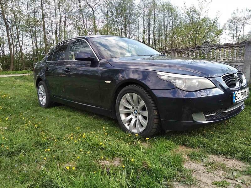 BMW 525 2008 в
