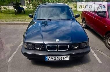 Седан BMW 525 1993 в Киеве