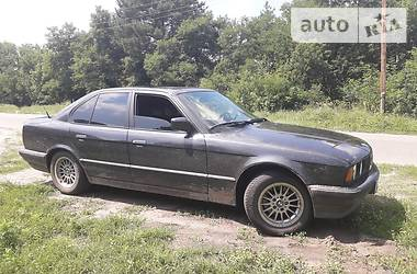 Седан BMW 525 1992 в Киеве