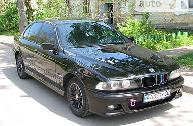 Седан BMW 525 2000 в Києві
