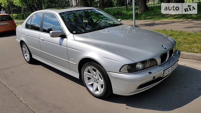 BMW 5 серия 2002 года в Киеве